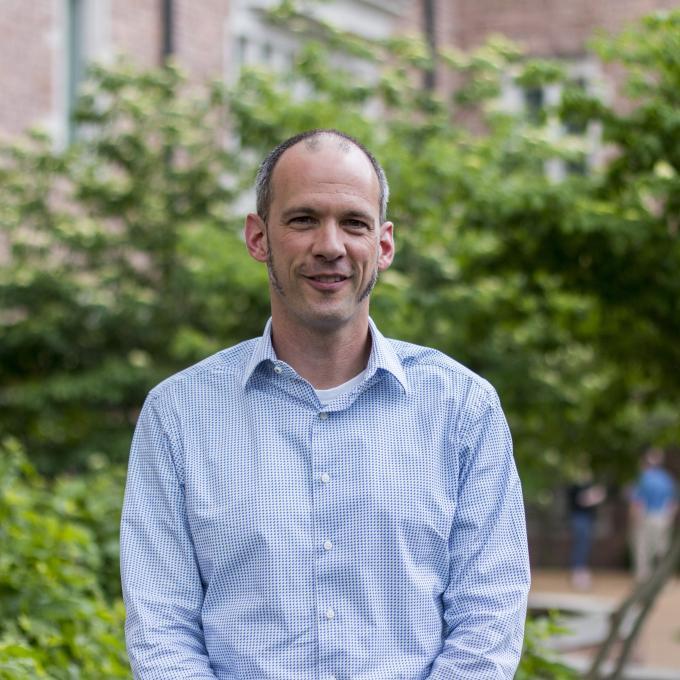 Headshot of David Cunningham